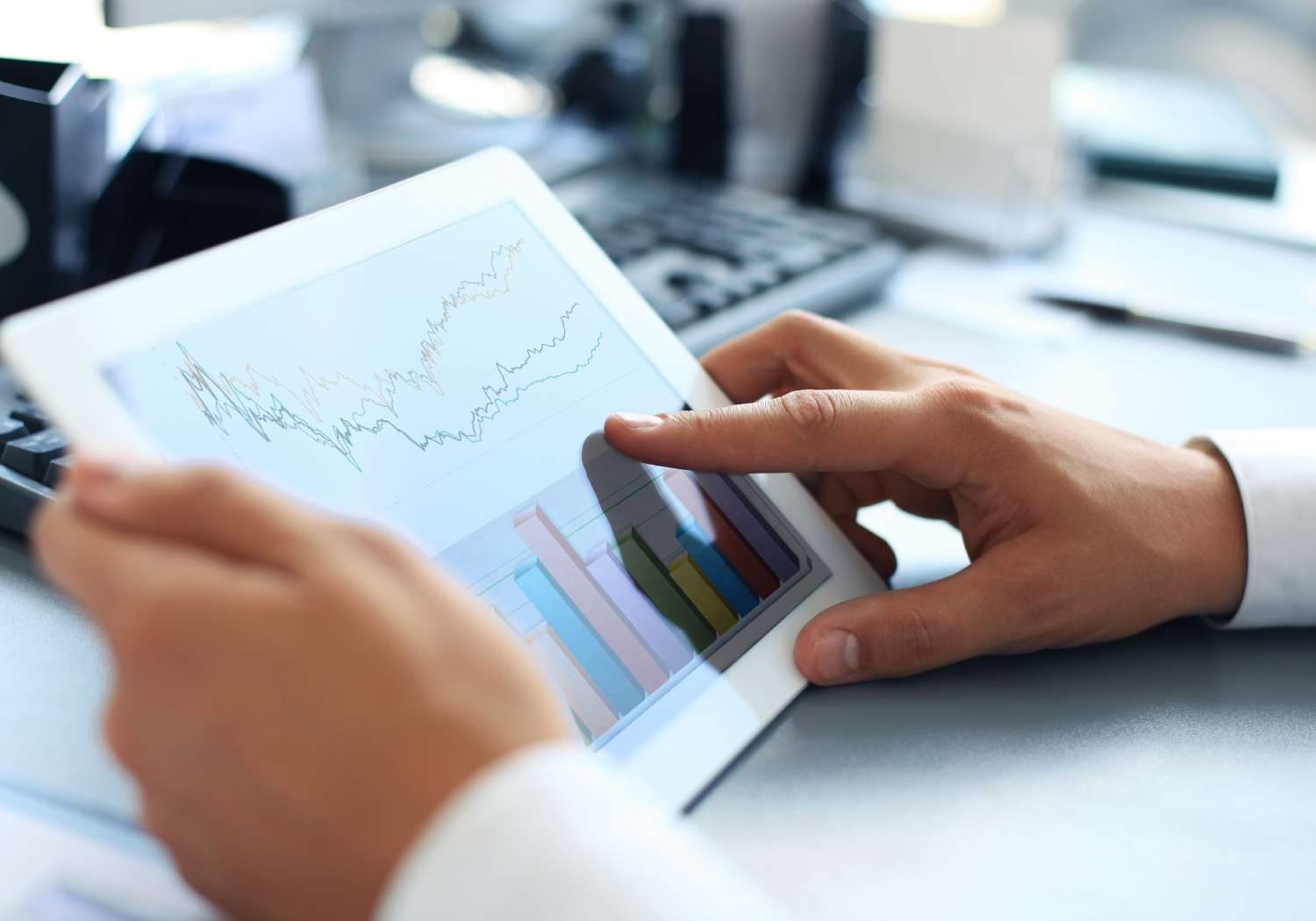 Analyst considering results of being a data-driven business