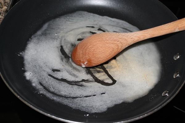 enchilada-sauce-step-1