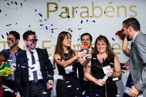 SAS employees celebrating a company award
