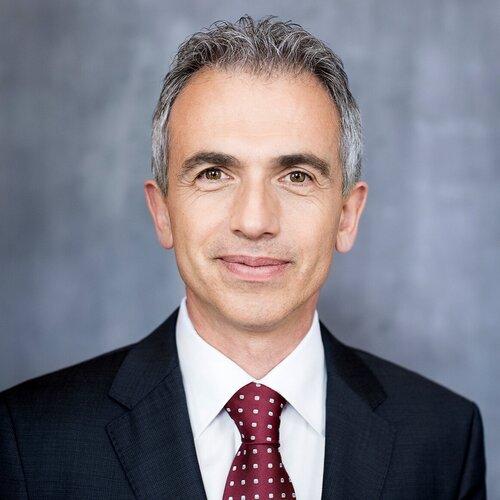Peter Feldmann, Oberbürgermeister der Stadt Frankfurt - SAS