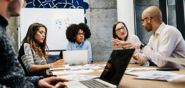 Hidden Insights: Digitale transformatie in het publieke domein - een kwestie van ervaring - SAS