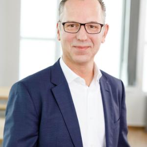 Arne Pache, Mastercard