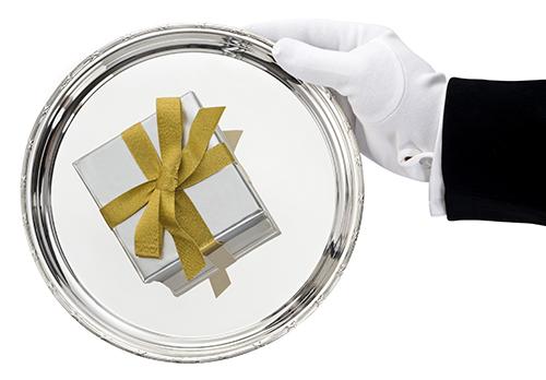 Retail analytics Gilt retailer customer intelligence gift