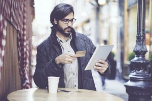 retail-shopper-online