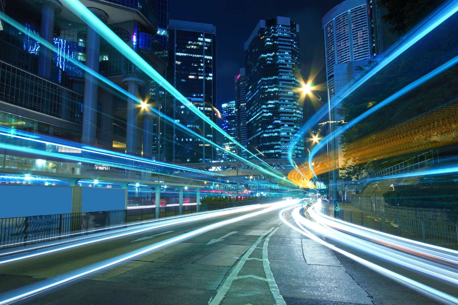 Technology Management Image: How To Monetize Connected Vehicles With Analytics And