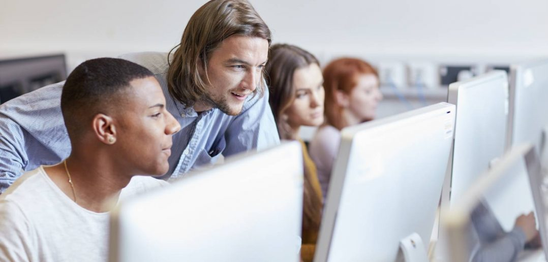 students in front of computer, students learning