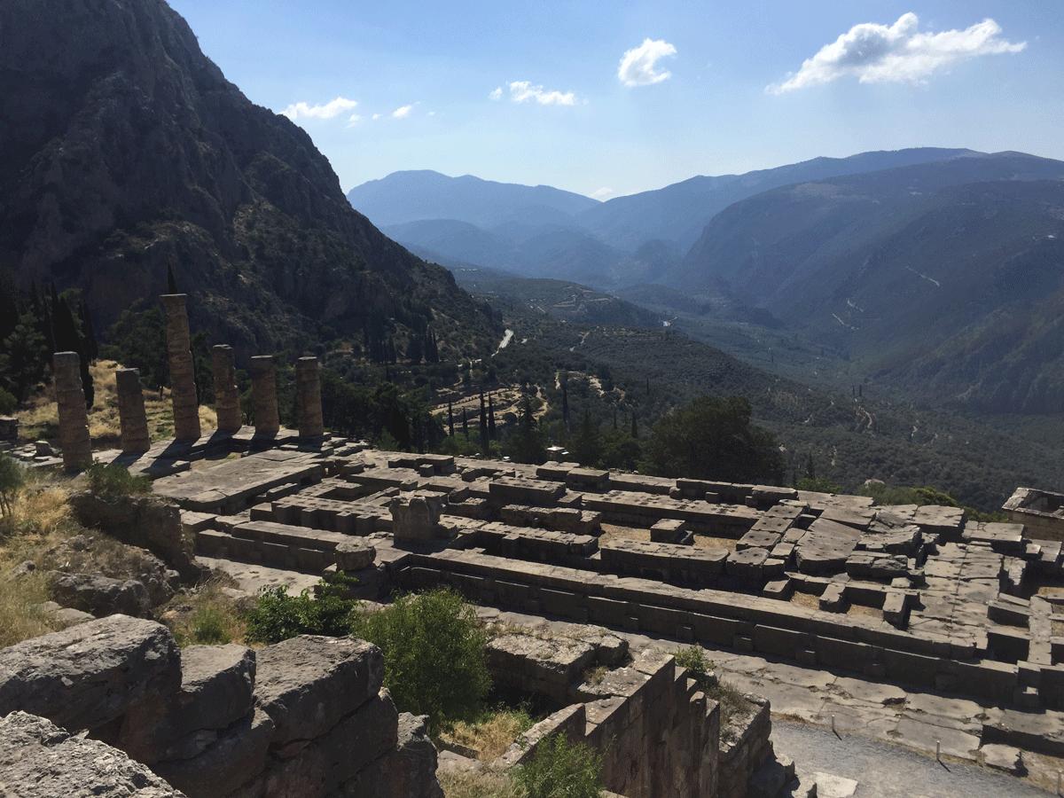 Orakel von Delphi im Tempel des Apollon