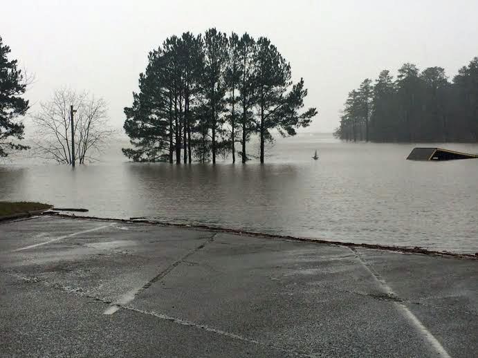 lake_ramp_flooded